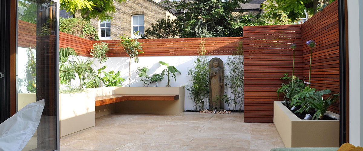 Patio Garden designed with raised beds in St. Margrets, London
