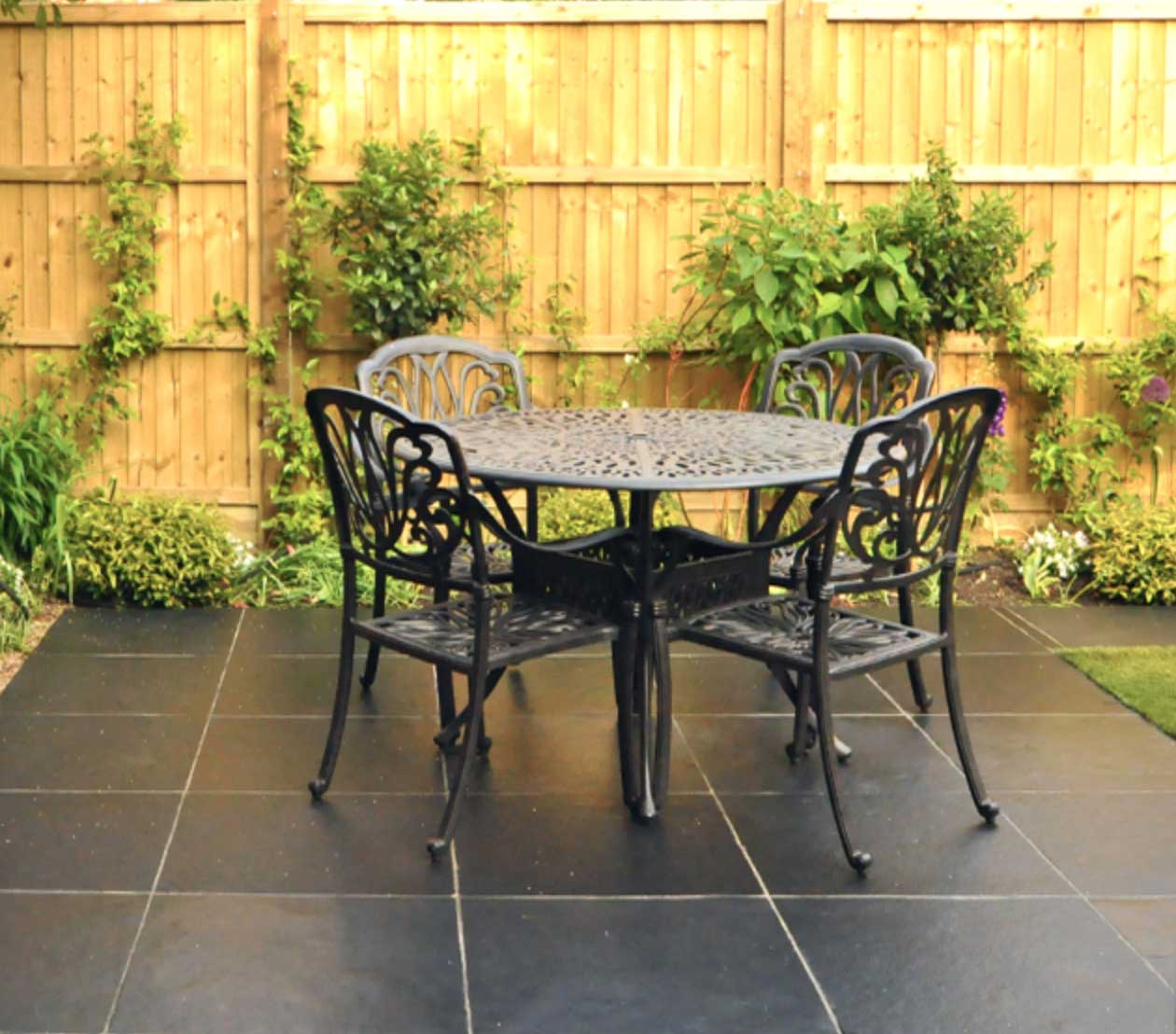 Patio ideas in london gardens for Garden patio design ideas